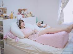 [育兒好物♥] 月亮枕/哺乳枕/安全圍欄...多用途2顆抵多顆的育兒好物 ♥♥♥
